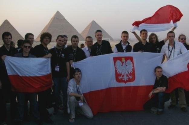 Zeszłoroczni finaliści pod piramidami - INTERIA.PL była na miejscu /INTERIA.PL