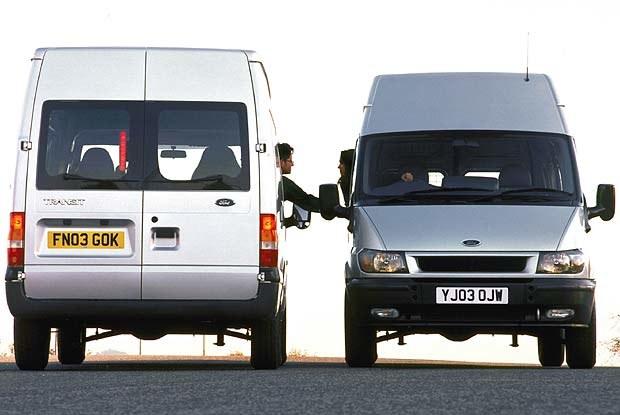 Zgodnie z obecnymi przepisami za samochody dostawcze nie mogą być uznane niektóre wersje... transita /INTERIA.PL