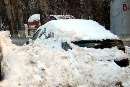 Zgubił auto pod śniegiem... /RMF