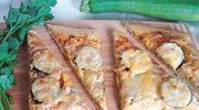 Zielona pizza z cukinią i pesto