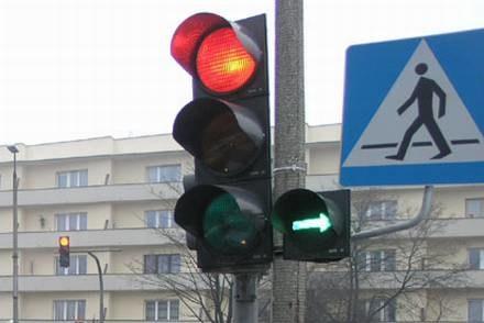 Zielona strzałka zostanie / Kliknij /INTERIA.PL