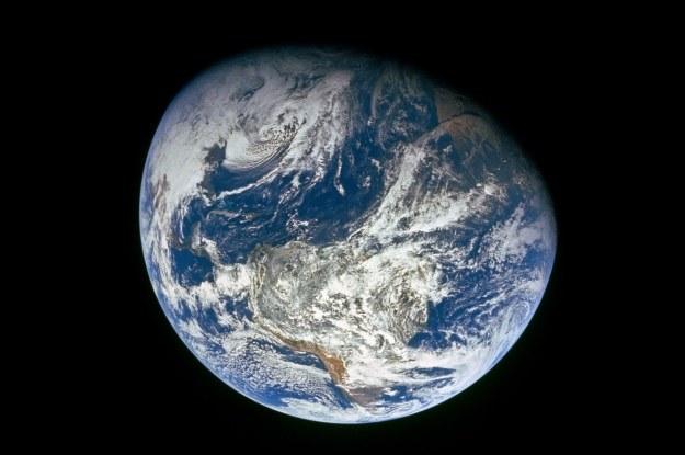 Ziemia jest cięższa niż pierwotnie przypuszczano? /NASA