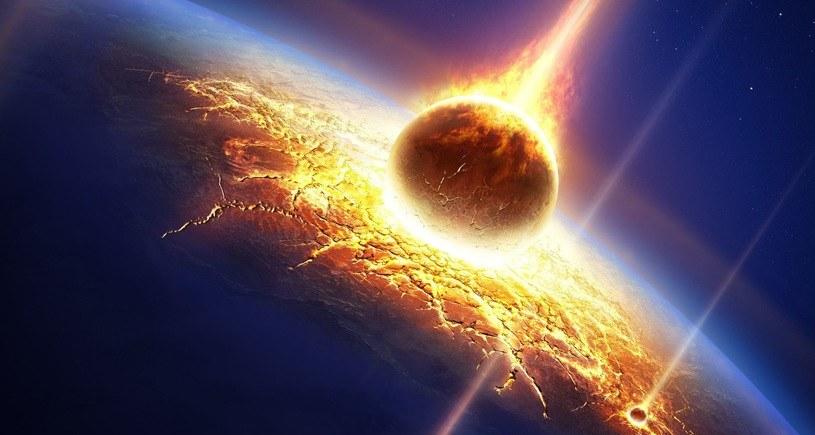 Ziemia nie jest przygotowana na uderzenie asteroidy /123RF/PICSEL