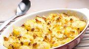 Ziemniaczki z serem, boczkiem i cebulą