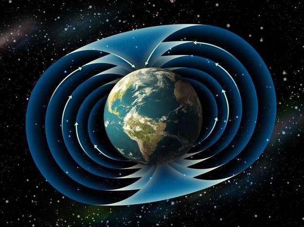 Ziemskie pole magnetyczne kryje jeszcze wiele tajemnic /123RF/PICSEL