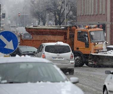Zima nie odpuszcza. Jak się jeździ w twoim regionie?
