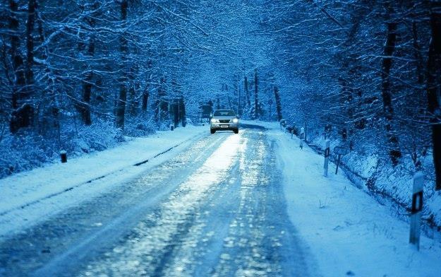 Zima to trudny czas nie tylko dla kierowców, ale również samochodów /