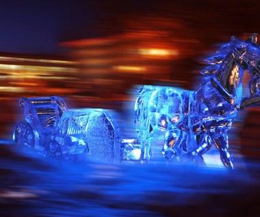 Zimowe rzeźby atrakcją Moskwy