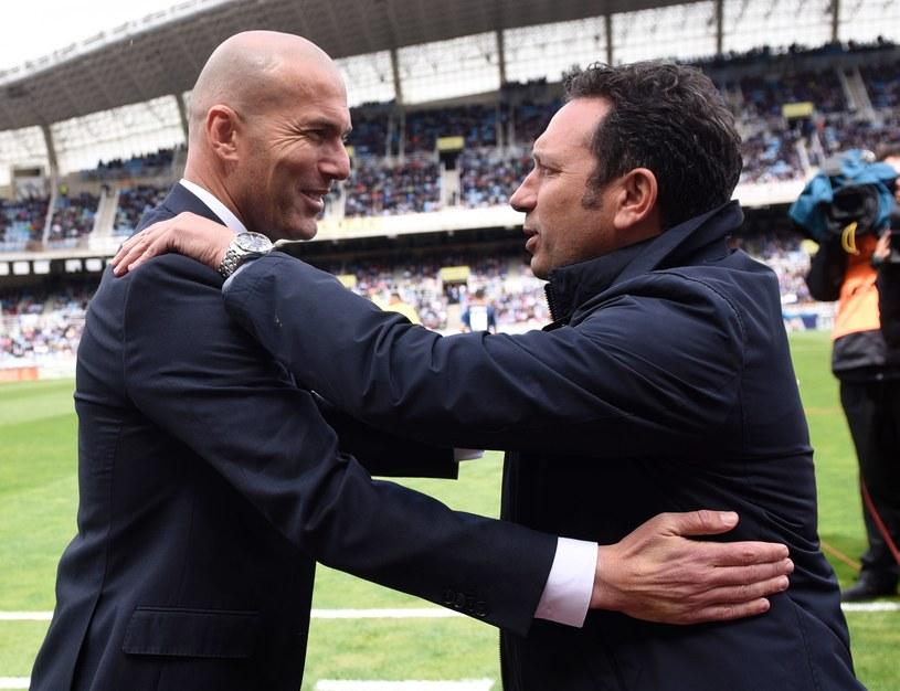 Zinedine Zidane i Eusebio Sacristan tuż przed pierwszym gwizdkiem /AFP