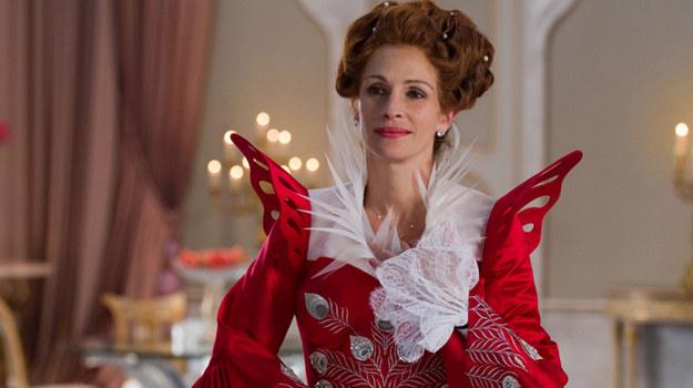 Zła Królowa (Julia Roberts) pewnego dnia dowie się, że nie jest już najpiękniejsza... /   /materiały prasowe