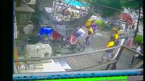 Złapali 3-latka, który spadł z piątego piętra