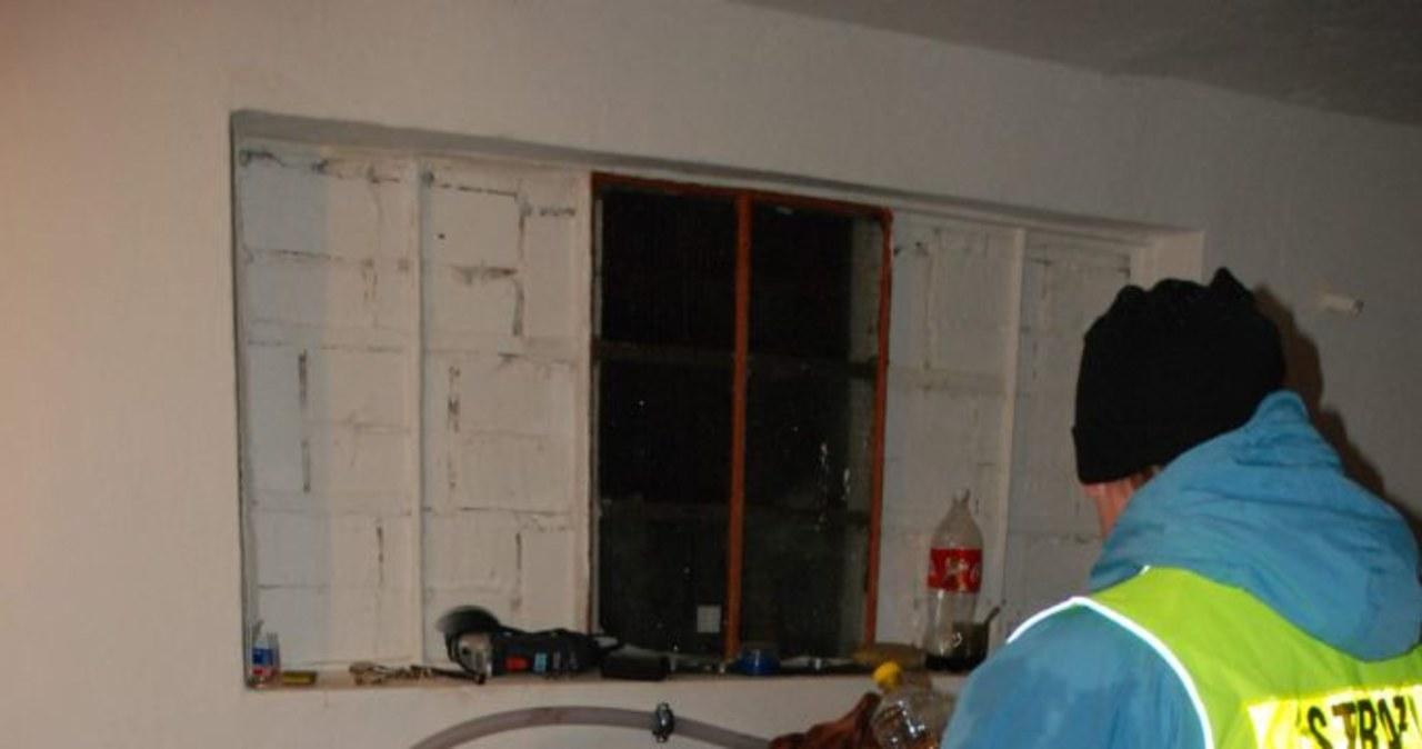 Zlikwidowano wytwórnię alkoholu za drzwiami szafy
