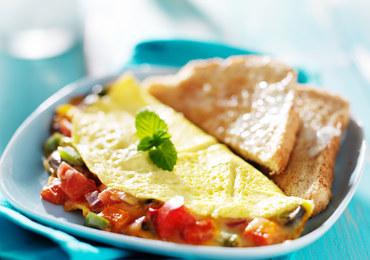 Złocisty omlet warzywny