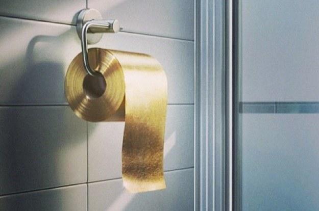 Złoty papier toaletowy to totalne szaleństwo... za 4 mln zł /materiały prasowe