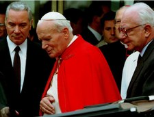 Zmarł były lekarz czterech papieży. Miał 92 lata