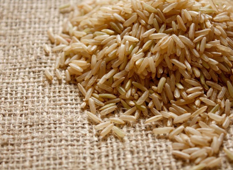 Zmęczona i brak ci energii? Sięgnij po brązowy ryż /123RF/PICSEL