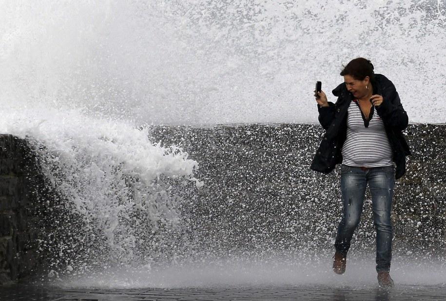 Zmiany klimatu oznaczają też większe zagrożenie gradem (Zdjęcie ilustracyjne) /JUAN HERRERO /PAP/EPA