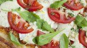 Zmysłowe smaki: Jak obrać pomidory ze skórki?