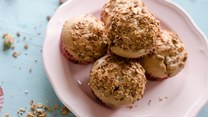 Zmysłowe smaki: Muffiny z rabarbarem