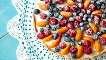 Zmysłowe smaki: Tarta z kremem i owocami