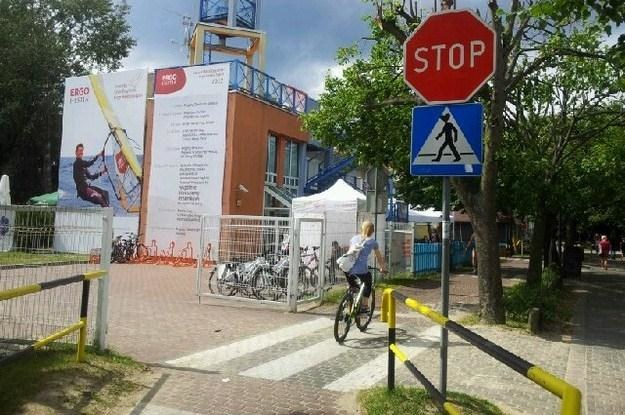 Znak Stop na ścieżce rowerowej w Sopocie / Fot: UM Sopot /