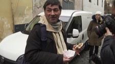 Znany fastfood w pobliżu Watykanu rozdał bezdomnym tysiąc posiłków