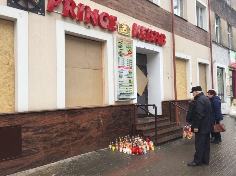 Znicze na miejscu śmierci 21-letniego Daniela /Piotr Bułakowski /RMF FM