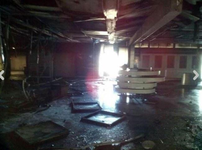 Zniszczenia na lotnisku Fiumicino /DOMENICO PALESSE /PAP/EPA