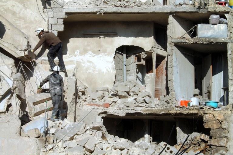 Zniszczenia w Aleppo /AFP