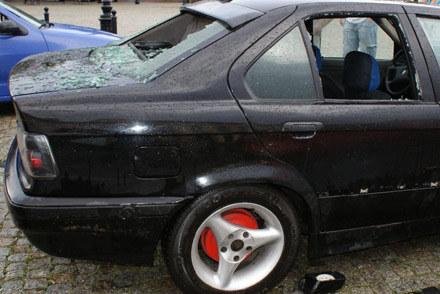 Zniszczone BMW /Policja