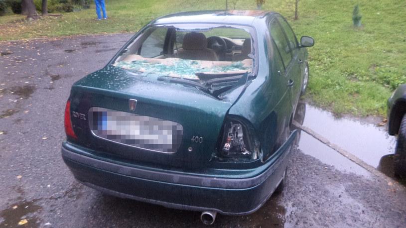 Zniszczony samochód /Gorąca Linia /RMF FM