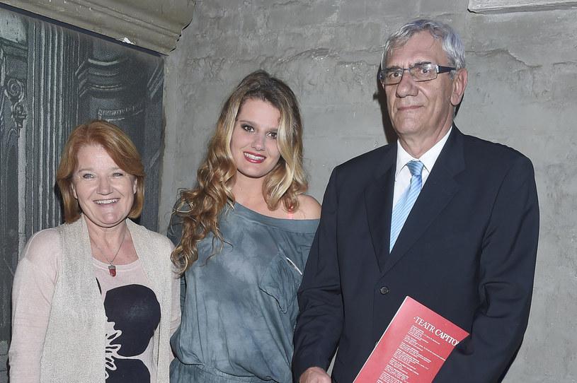 Zofia Zborowska z rodzicami - Marią Winiarską i Wiktorem Zborowskim /AKPA