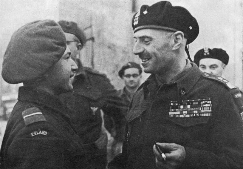 Żołnierze traktowali go jak swego. Potrafił znaleźć wspólny język z każdym /Archiwum Karlicki /East News