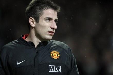 Zoran Tosić przeważnie paraduje w dresie Man Utd. Koszulkę meczową ubierał tylko dwa razy /AFP