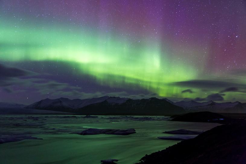 Zorza polarna w okolicach lodowca Vatnajökull /123RF/PICSEL