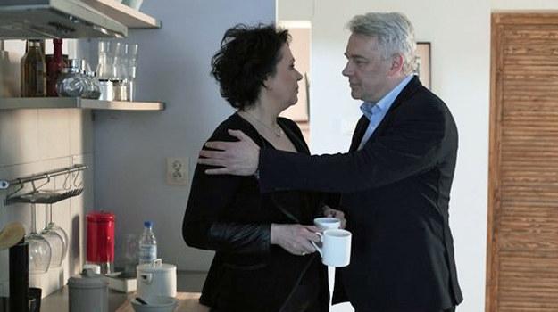 """""""Zostaw tę herbatę i chodź tu do mnie..."""" /www.mjakmilosc.tvp.pl/"""