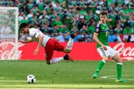 Zrobił furorę w reprezentacji Polski, ale w angielskim Leicester City na razie mu się nie wiedzie. Bartosz Kapustka 23 grudnia kończy 20 lat. Czego mu życzycie?