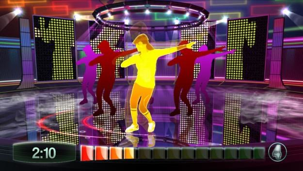 Zumba Fitness poprzez taniec sprawi, że zbędne kalorie odejdą w zapomnienie /Informacja prasowa