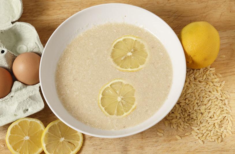 Zupa cytrynowa z ryżem /©123RF/PICSEL