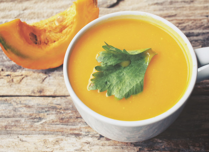 Zupa dyniowa - smaczna i dietetyczna /123RF/PICSEL