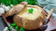 Zupa serowa w chlebie
