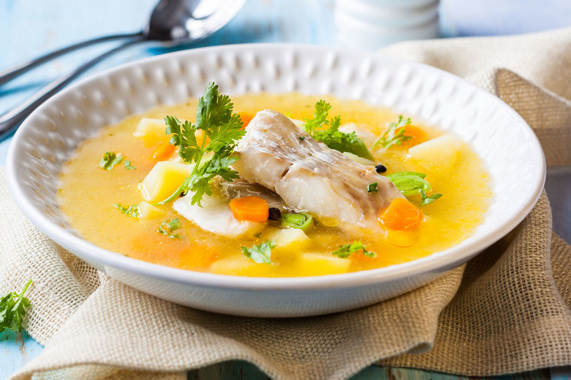 Zupa z dorszem i ziemniakami /©123RF/PICSEL