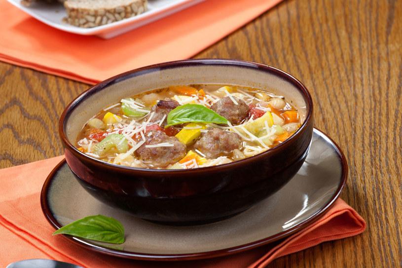 Zupa z pulpecikami /©123RF/PICSEL
