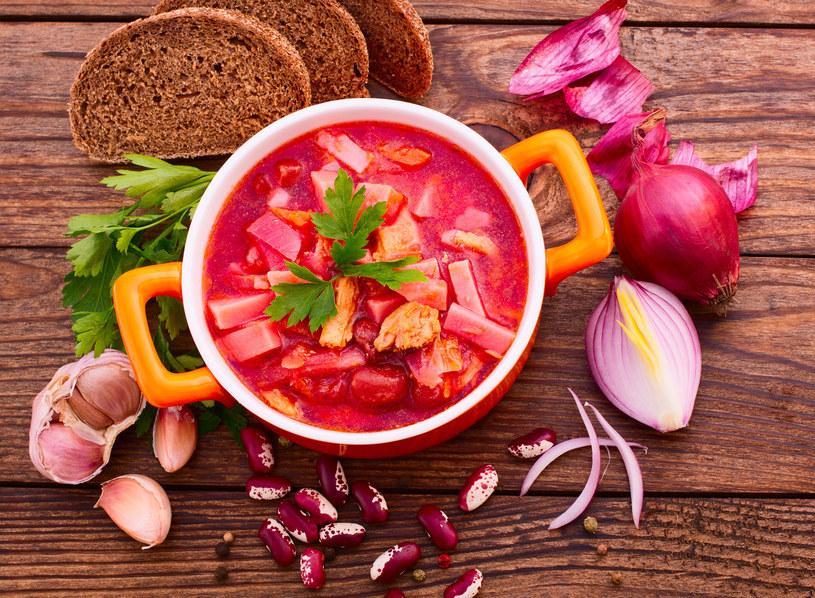 Zupę podaj z fasolą /©123RF/PICSEL