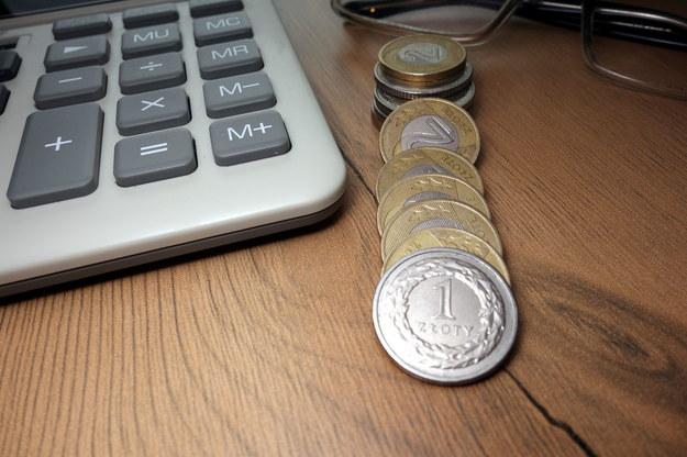 Zwiazkowcy chcą wyższych pensji dla wszystkich /123RF/PICSEL