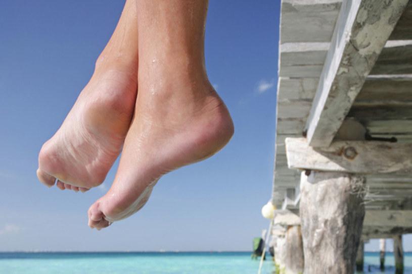 Zwłaszcza na wakacjach nasze stopy narażone są na zakażenia grzybicą  /© Panthermedia
