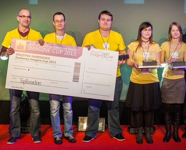 Zwycięski zespół TapBoarders z Uniwerystetu Ekonomicznego w Poznaniu - to oni będą walczyć w finałach konkursu w Petersburgu /materiały prasowe