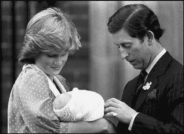 11 miesięcy po ślubie, 21 czerwca 1982 r. Diana urodziła pierwszego syna, następcę tronu - Wilhelma Artura Filipa Ludwika