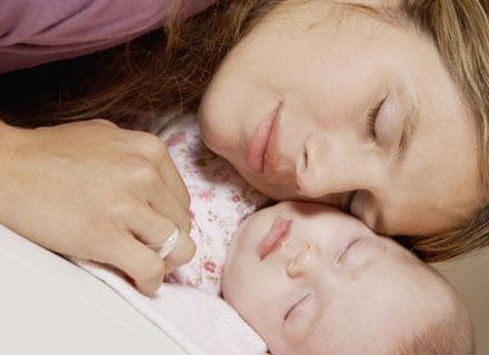 Życie niemowlęcia powinno opierać się na stałym, naturalnym cyklu /© Panthermedia