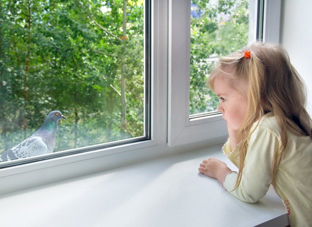 Życie w sierocińcu negatywnie wpływa na rozwój mózgu dzieci. /©123RF/PICSEL